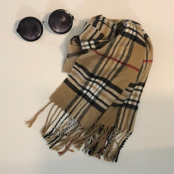 cashmere Accessories - Beautiful soft plaid scarf